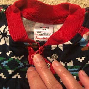Hanna Andersson gnome pajamas. Cute!!!